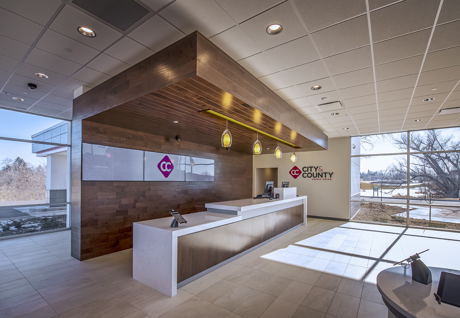 Shoreview Office - Lobby